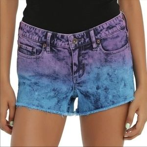 Hot Topic Lovesick Dip Dye Ombré Shorts